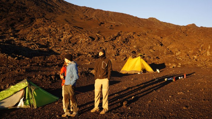 rando-speleo-bivouac-hors-sentiers-piton-de-la-fournaise-rando-volcan-156